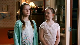 The Dumping Ground - Series 5: 16. The Switch