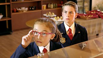 Odd Squad - Series 2: 7. The O Team