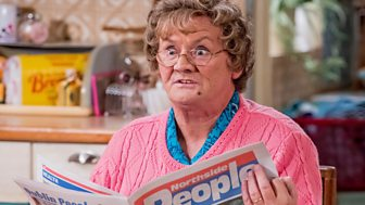 Mrs Brown's Boys - Christmas Specials 2017: 2. Csi: Mammy