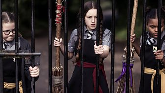 The Worst Witch - Series 2: 9. Miss Softbroom