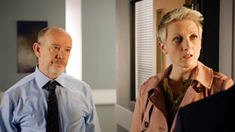 Holby City - Series 20: 26. Fallen Idol