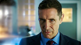 Holby City - Series 20: 34. All Business