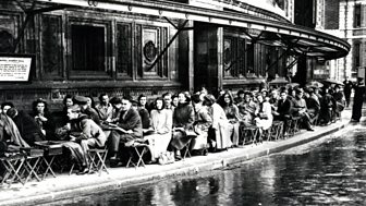 Promenaders queue outside the Royal Albert Hall in 1945