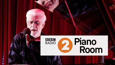 Watch Michael McDonald perform in the Radio 2 Piano Room