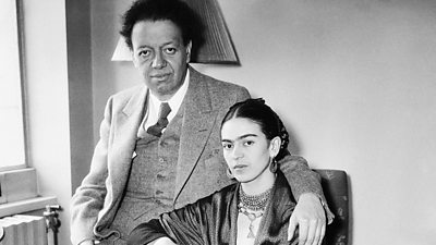 Frida Kahlo with her husband Diego Rivera in 1939