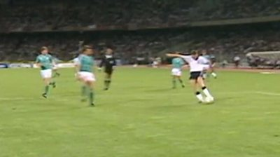 ENG v W GER 1990 - Waddle hits post in extra-time