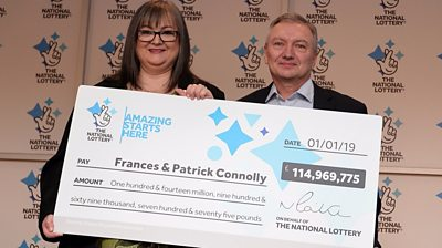 Frances and Patrick Connolly with their winning cheque