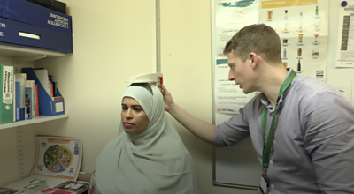 Patient Najma Sufi and dietician Owen Marples