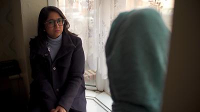 BBC correspondent Sima Kotecha talks to a parent