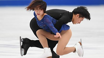 Wenjing Sui and Cong Han in action