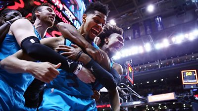 Jeremy Lamb celebrates with teammates