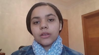 Teenager Sajeda Shareif hopes her actions will encourage peace in a country which has faced instability since 2011.