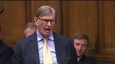 Brexit: Tory MP Bill Cash calls on Theresa May to resign