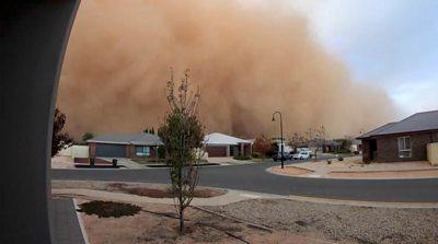 Dust cloud in Mildura, Victoria