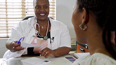 Dr Sindi van Zyl and patient