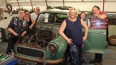 Participants with rusty car