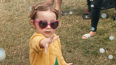 Young girl at the 3Foot Person Festival