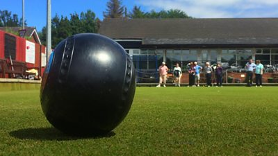 Bangor's Pickie Bowling Club hosting short mat lawn bowls for the visually impaired.