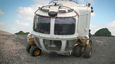 A Nasa moon buggie