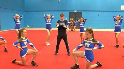 Vista Twisters cheerleaders