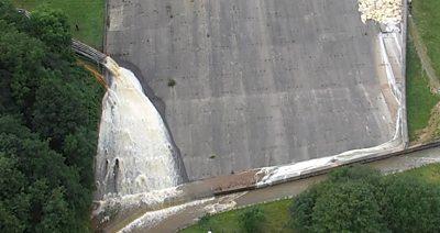 Whale Bridge dam