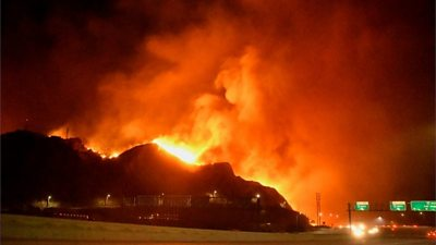Saddleridge fire: Wind gusts fuel wildfires near Los Angeles