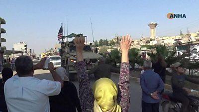 Civilians pelt US vehicles with potatoes in Qamishli