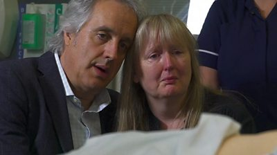 Actors portraying bereaved parents