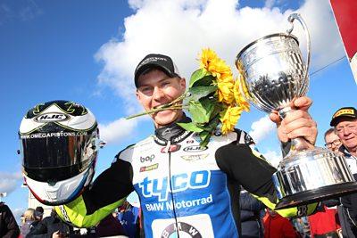 Iddon and Kerr triumph at Bishopscourt