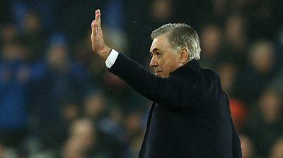 Carlo Ancelotti waves