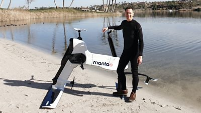 Manta5 hydrofoil bicycle
