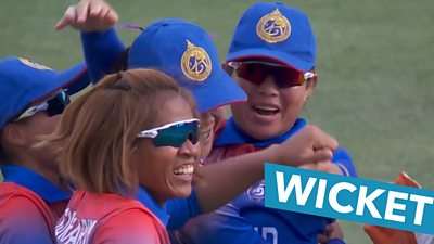 Thailand claim first World Cup wicket with wonderful fielding