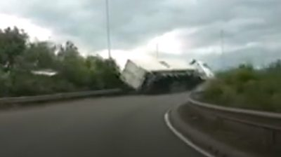 Lorry crashes off Copdock roundabout