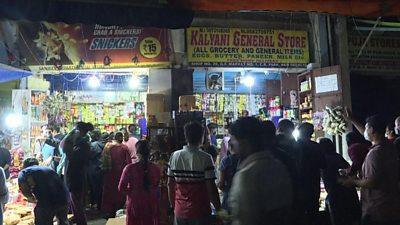 Indians jostling to buy groceries ahead of lockdown