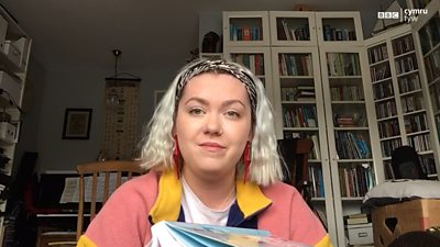 Blwyddyn academaidd dra gwahanol i Magi Tudur - myfyriwr meddygol yng Nghaerdydd