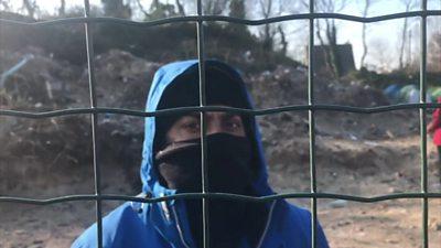 Migrant in Calais