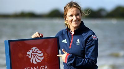 Sailor Hannah Mills postpones her retirement to compete at rescheduled Olympics