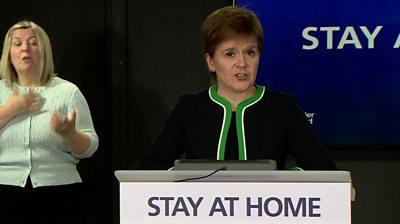 Coronavirus: 'Cummings should admit he made a mistake'