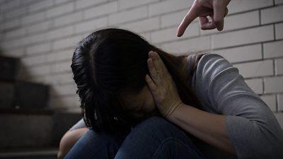 Coronavirus: Domestic violence 'increases globally during lockdown' - BBC  News