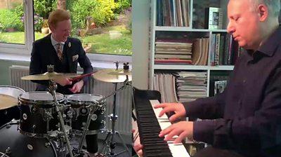 Owain Wyn Evans and Steve Rosenberg