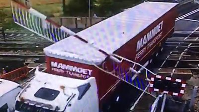 Lorry smashes through Manningtree level crossing