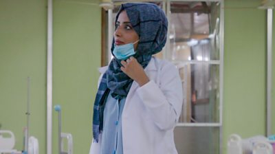 Dr Zoha