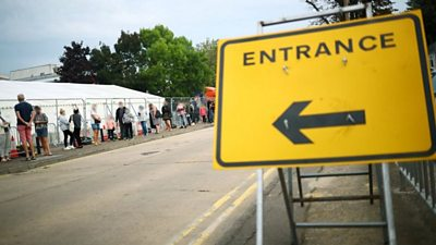 Coronavirus: Southend walk-through test centre sees long queues