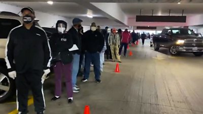 US election: Long queues as more states start early voting