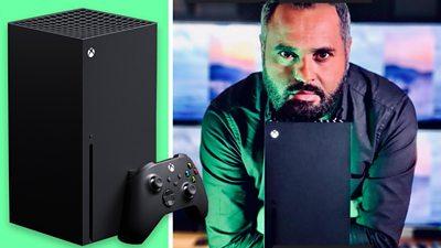 Marc Cieslak with Xbox Series X