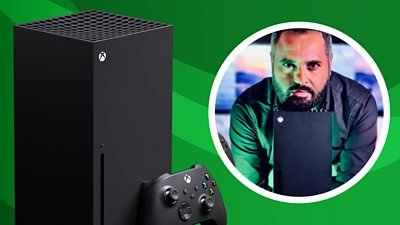 Marc Cieslak with Xbox Series X console