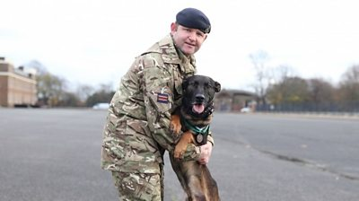 Kuno lost a paw after being hit by bullets in Afghanistan and is now being honoured for his bravery.