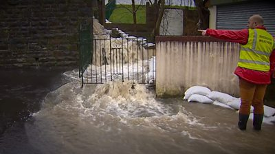 Flooding in Pentre