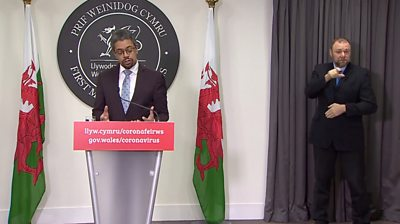 Health Minister Vaughan Gethign unveils Wales' coronavirus vaccination strategy.