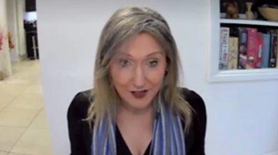 Dr Lisa McNally
